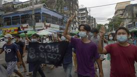 Kyrkor attackeras och kristna dödas i Myanmar