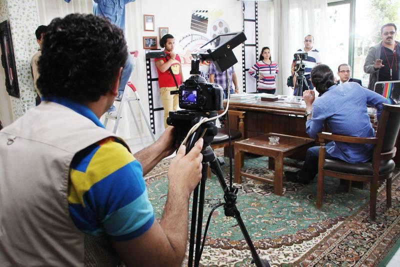 Ibra spelar in ett stort drama i Egypten om att upptäcka Bibeln. Ett 60-tal skådespelare deltar, varav hälften är kristna och hälften muslimer.