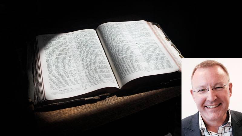 """""""Bibeln består inte av lösryckta bevisverser för olika uppfattningar"""", skriver Stefan Gustavsson."""