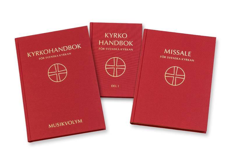 Den nya kyrkohandboken består av tre böcker.