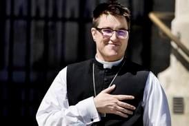 Första trans-biskopen någonsin vigd i luthersk kyrka