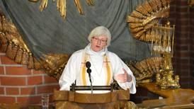De firade minnesgudstjänst i Storkyrkan efter terrorattentat