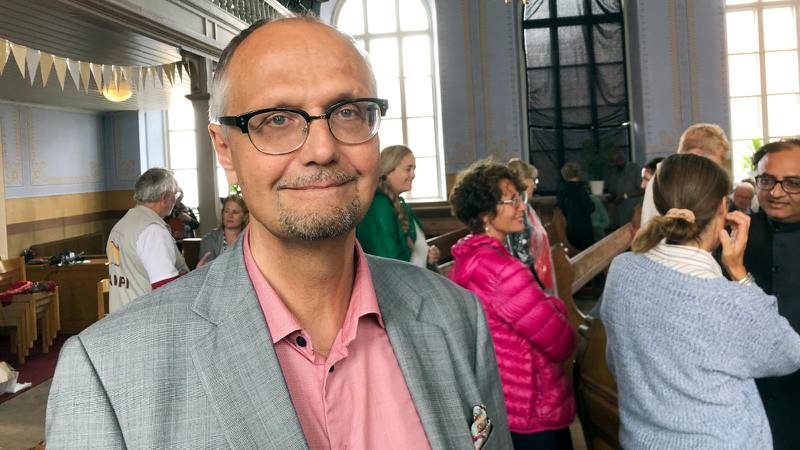 Ulf Bjereld, ordförande för Tro och Solidaritet efter seminariet i Vårdklockans kyrka i Visby.