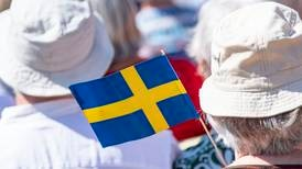 Tusentals ber för Sverige på nationaldagen