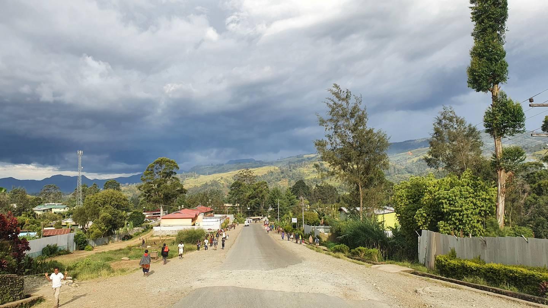 Familjen Edsmyrs gata i Mount Hagen, den tredje största staden på Papua Nya Guinea.