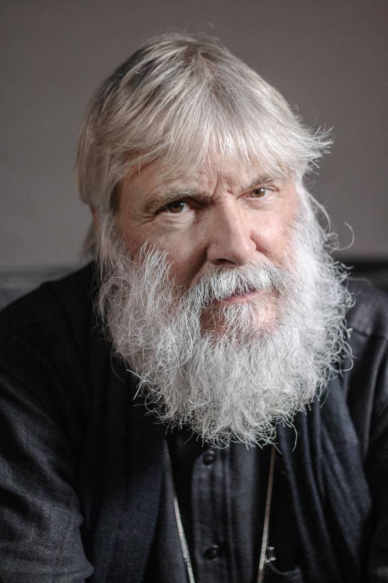 Peter Halldorf, pastor och författare