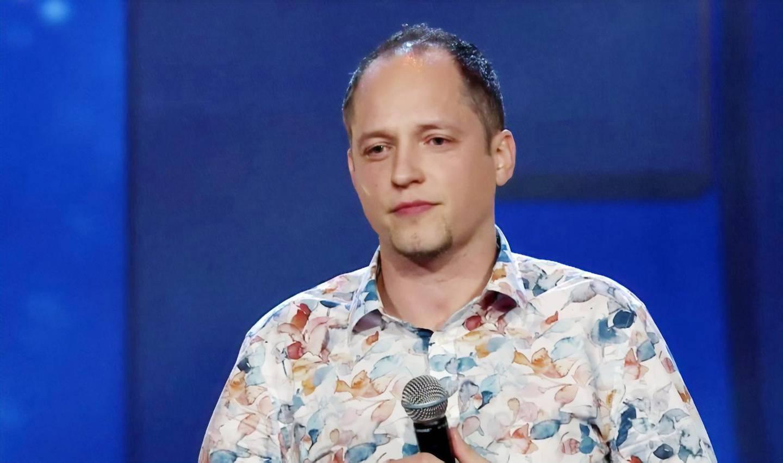 Lämnade Knutby. I morgon kväll kan Daniel Bromander ses i Talang på TV4. I Dagens podd beskriver han tiden i Knutby som en långsam hjärntvätt som pågick under många år.