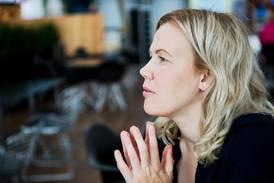 Cilla Eriksson uppläxad på nätet av kristna för sin klädsel