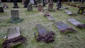 Välta gravstenar i Solna var tidigare sabotage