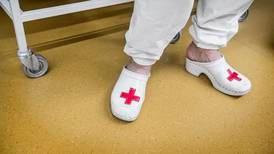 Fyra av tio läkare vill införa dödshjälp