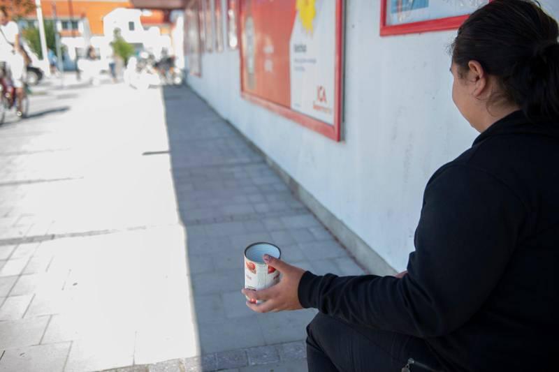 """""""Jag fick 500 kronor i böter när jag gick in för att köpa bröd för jag hade inte ätit på två dagar"""", säger ett av offren i förhör. Bilden är tagen vid ett annat tillfälle."""