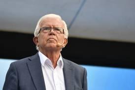 Alf Svensson: Öppna kyrkorna för massvaccinering