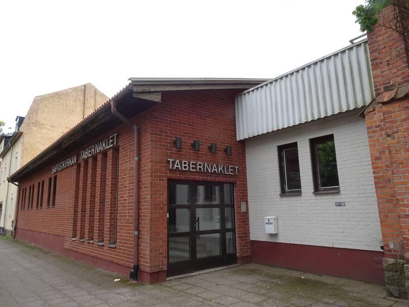 Utomhusbild på Baptistkyrkan Tabernaklet i Nässjö.