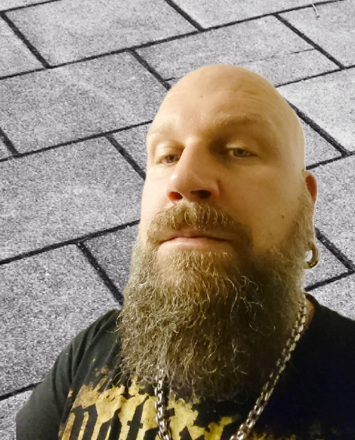 Mauritz Vetterud bildade punkbandet Tekla-Knös.