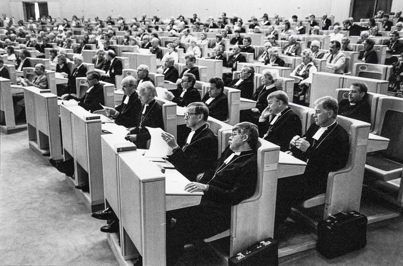 Kyrkomöte i riksdagshuset 1991.