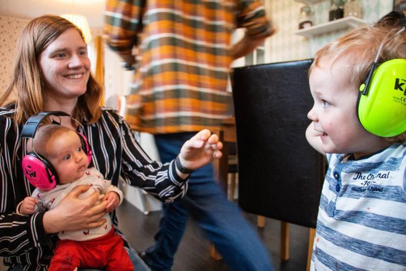 Veganamiljen Johan och Johanna Garde med barnen Gabriel och Mirjam.