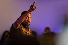 Kanye West spelade upp nytt album i kyrka
