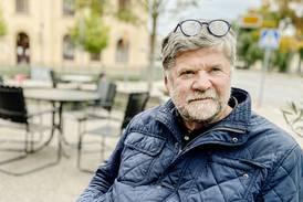 Owe Wikström säger adjö till sig själv