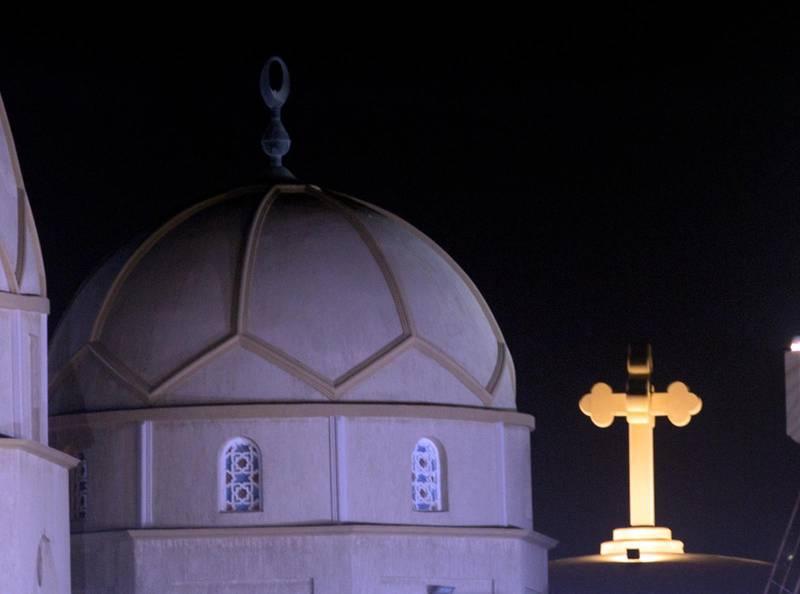 Egyptens största katedral och en ny moské har öppnats i Egyptens nya administrativa huvudstad.