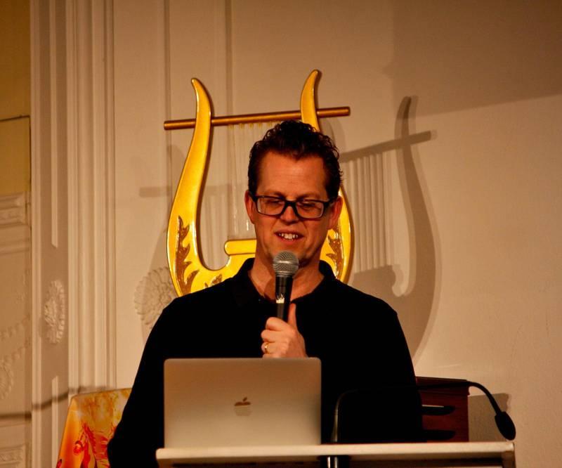 Patrik Sandberg, ledare för Sverigebönen var också en av talarna.
