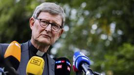 Påven ger kritiserad tysk ärkebiskop ledigt