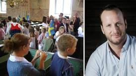 KD-kravet: Lägg fram lagen om skolavslutningar i kyrkan