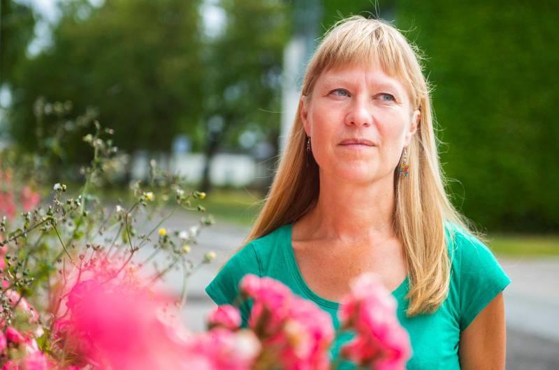 Pernilla Franklin, socialsekreterare i Bromölla, har anmält sig själv till kommunen för brott mot böneförbudet.