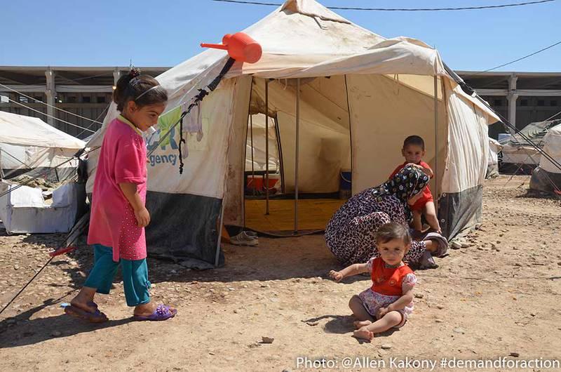 När vintern kommer blir flyktingarnas tält kalla och fuktiga.
