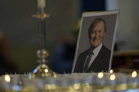 Politiker mördades i kyrka - hedras i dag av premiärministern