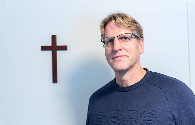 Sätter korset främst. Det viktigaste för Peter Ahlman är att människor ska få lära känna Jesus som sin frälsare. Uppdraget att berätta om det ägnar han sin mesta vakna tid åt.