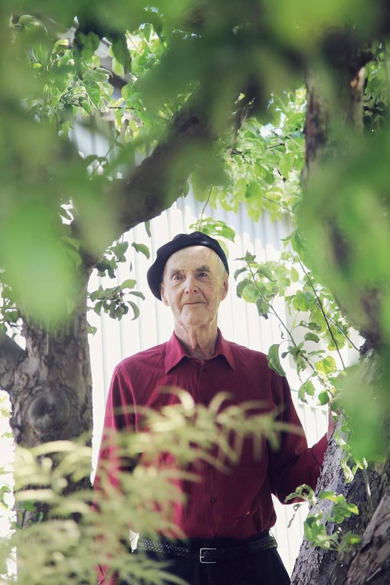 Trädgårdsarbete har varit en källa till glädje i Martin Lönnebos liv.