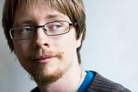 C more stal lovsångsbild – fotografen Micael Grenholm vill ha ersättning