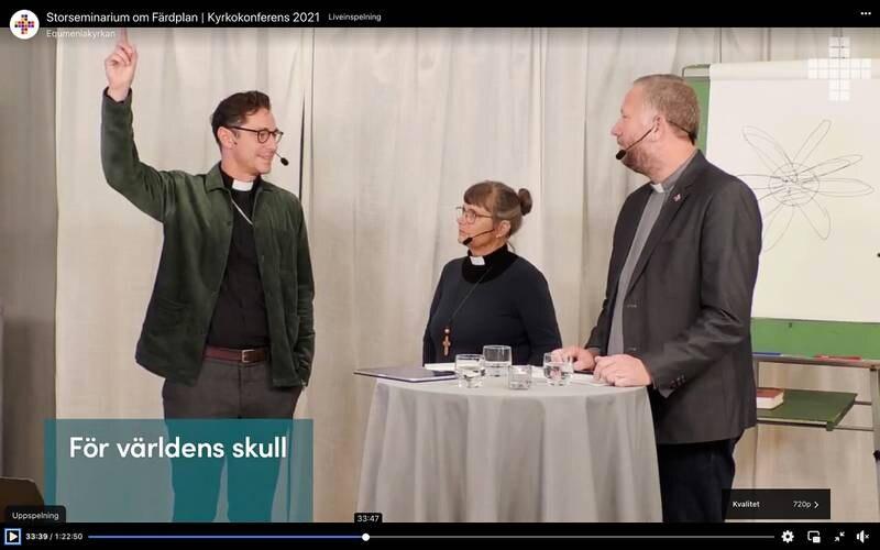 """""""Färdplan framåt"""" kallar kyrkoledarna Joakim Hagerius , Karin Wiborn och Lasse Svensson sin spaning in i framtiden som de presenterade under kyrkokonferensen."""
