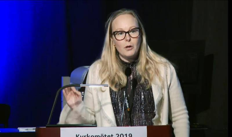 Sara Waldenfors (S) företrädde kyrkolivsutskottet under debatten om Alpha på kyrkomötet.