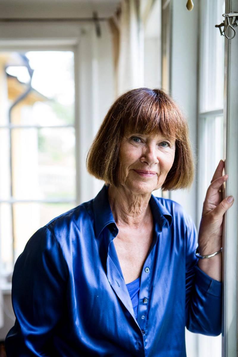 """Skriver om Bibeln och kvinnan. Författaren Gunilla Thorgren har skrivit boken """"Guds olydiga revben"""" som här recenseras av Olof Edsinger."""