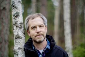 Joachim Elsander är död – somnade in med familjen runt sig