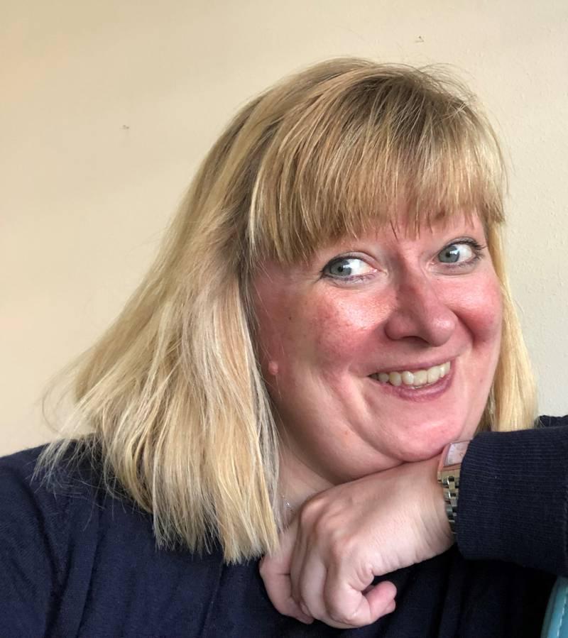 Marianne Ejdersten, kommunikationsdirektör vid Kyrkornas världsråd, berättar att hon läst och vandrat under sommaren.