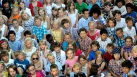 Barn i Finland välsignas inför skolstart