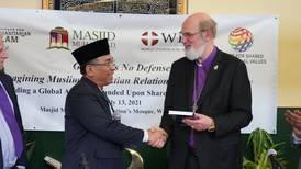 Kristna och muslimer försvarar rätten till mission