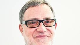 Håkan Arenius: Fullt ös utan noter