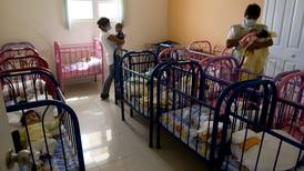 Riksdagen: Utred internationella adoptioner