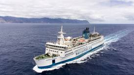 Tog tjänstledigt för att jobba på sjukhusfartyg