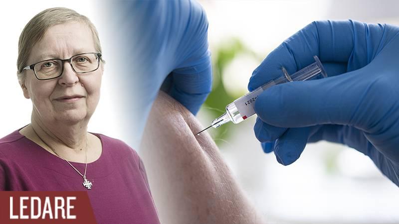 En person blir vaccinerad.