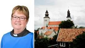 Fortsatt konflikt i Visby - ny domprost arbetsbefrias