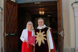 Nya kyrkohandboken togs i bruk på pingstdagen